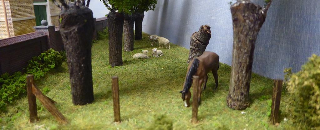 modelspoorbaan Koningswaal Schapen en Paard